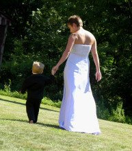 bride and child e1365739116464 Step Parenting Tips Five Tips to Help You Successfully Become an Instant Parent